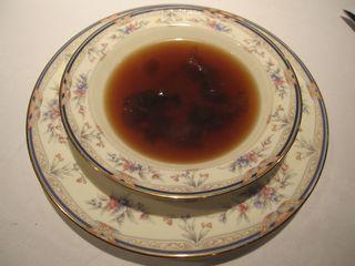 天然キノコのコンソメスープ