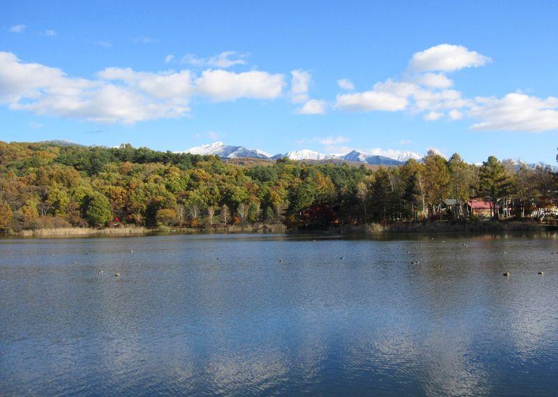 蓼科湖と八ヶ岳連峰 2010.11.3